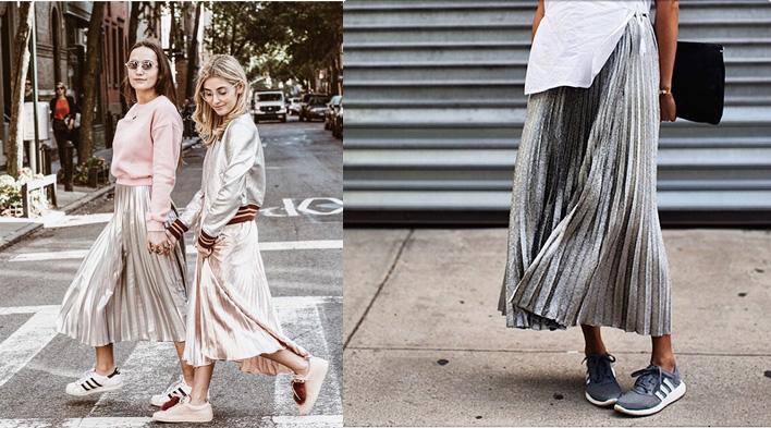 Giày Adidas kết hợp với chân váy xếp ly thời trang