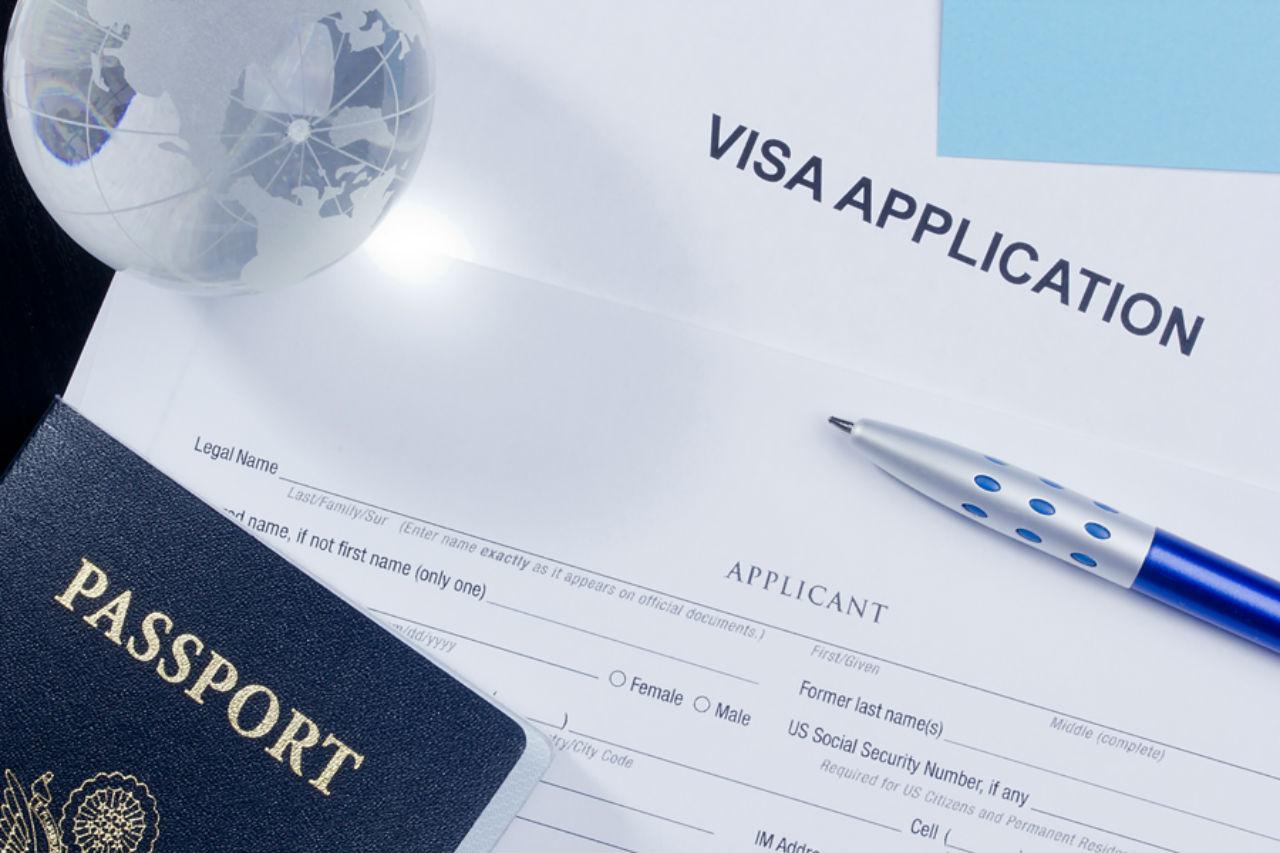 Các bạn cần chuẩn bị hồ sơ xin visa trước khi du học nghề điều dưỡng tại Đức
