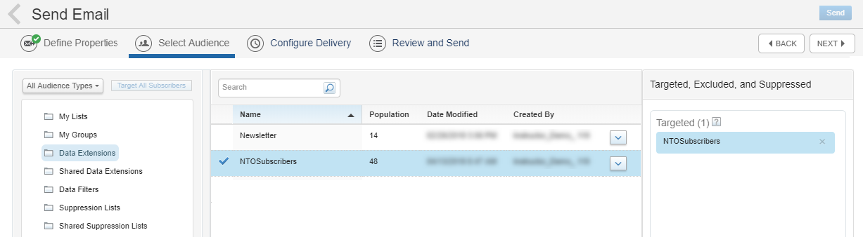 Capture d'écran montrant les extensions de données sélectionnées dans la colonne la plus à gauche, les abonnés NTO sélectionnés dans la colonne du milieu et les abonnés NTO sélectionnés dans la colonne la plus à droite.
