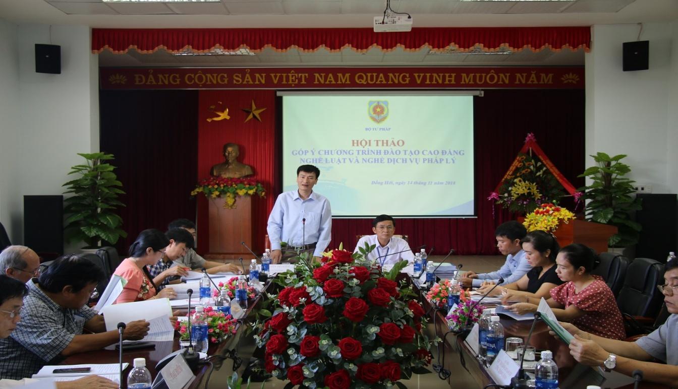 http://trungcapluatdonghoi.edu.vn/uploads/news/2018_11/12.jpg