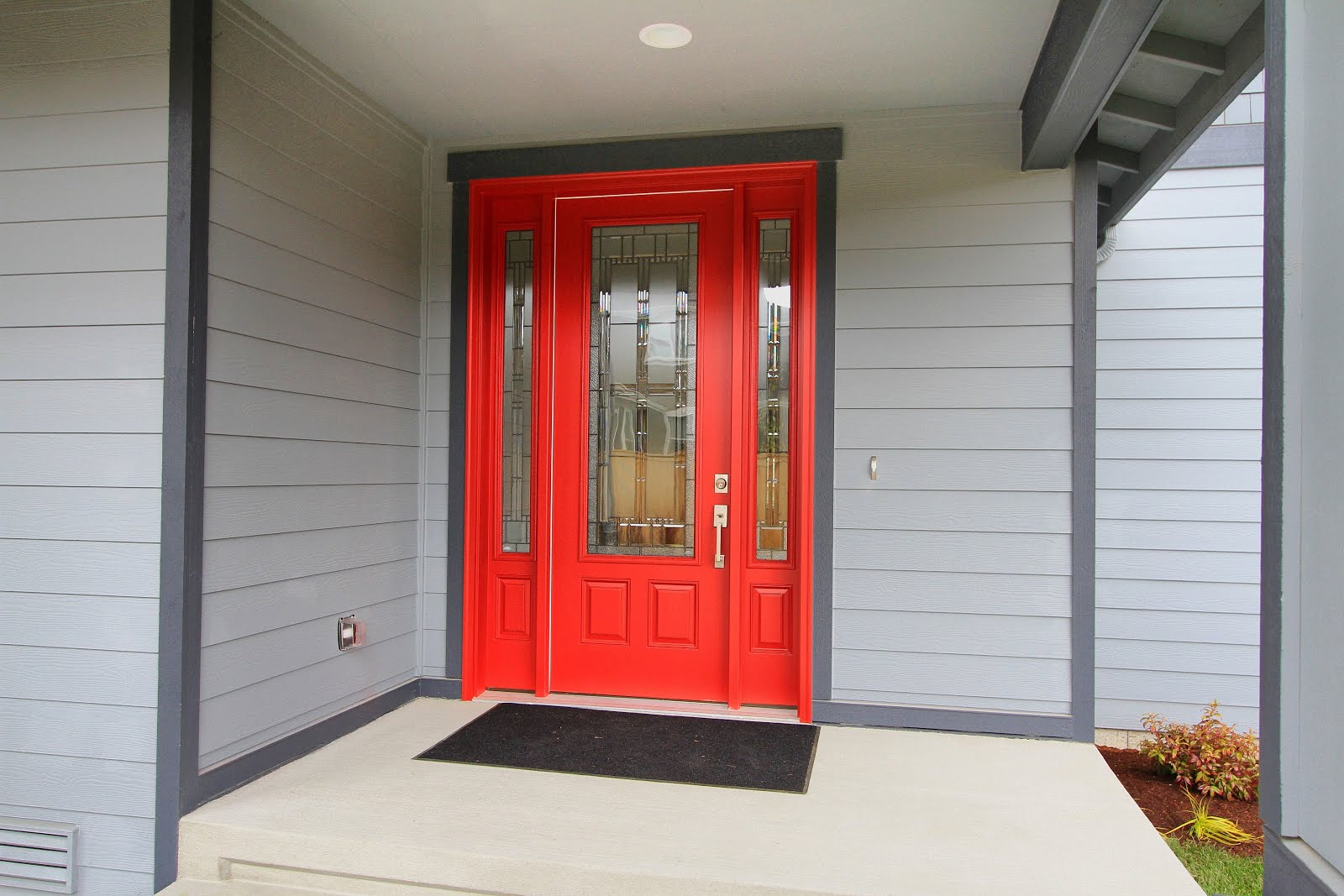 003_Front Entry.jpg