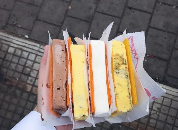 4) K-Rustom Ice Cream at Churchgate.jpg