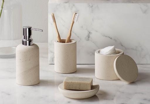 Аксессуары для ванной - стильные и практичные элементы интерьера
