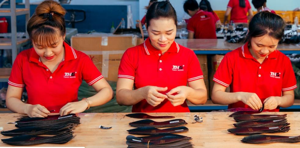 Thiên Hương Shoes là đơn vị uy tín hàng đầu hiện nay trong lĩnh vực sản xuất giày dép