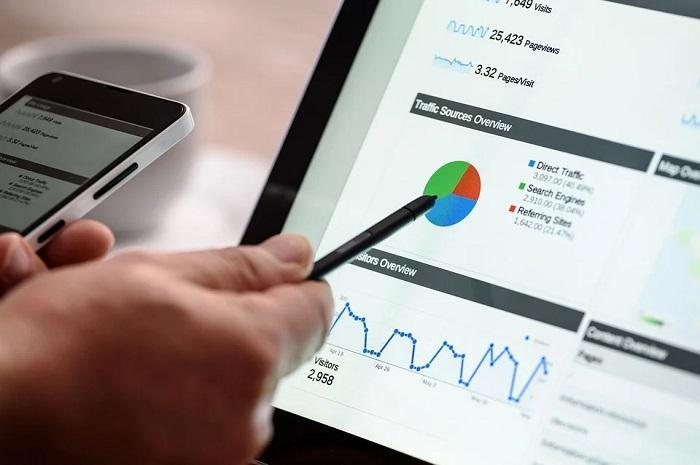 L'importance d'un marketing stratégique et opérationnel oeuvrant dans la recherche de données .