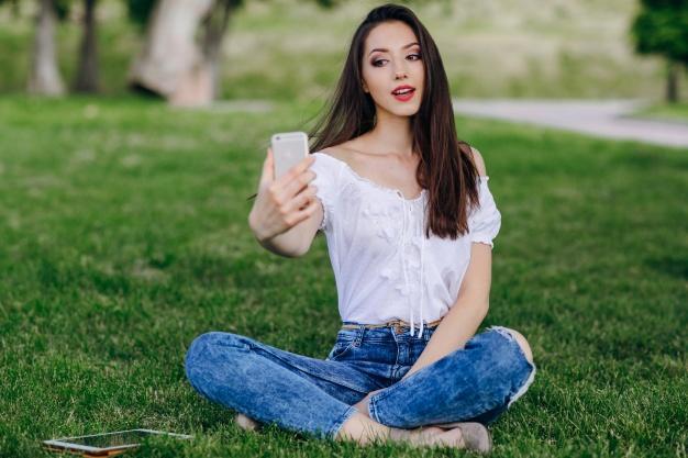 Memilih Gawai yang Sesuai untuk Bikin Vlog