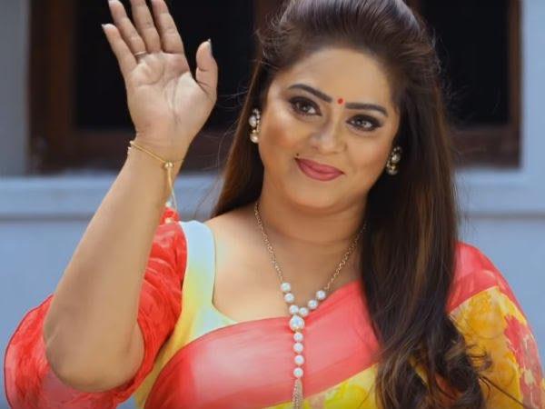 Tamil TV serial actress Devi Priya latest photos Navel Queens