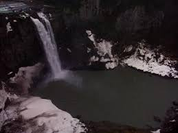 Photo of Snoqualmie Falls as White Tail Falls in Twin Peaks ...