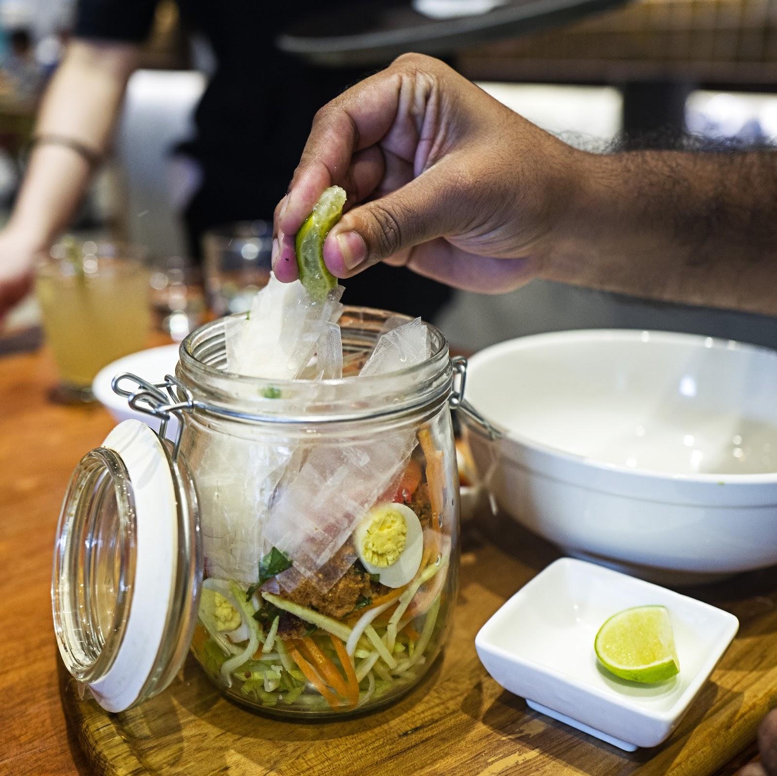 f-salad-L1060475.jpg