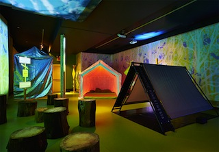 splendor-in-the-grass-droog-museum-of-sex-designboom-05.jpg