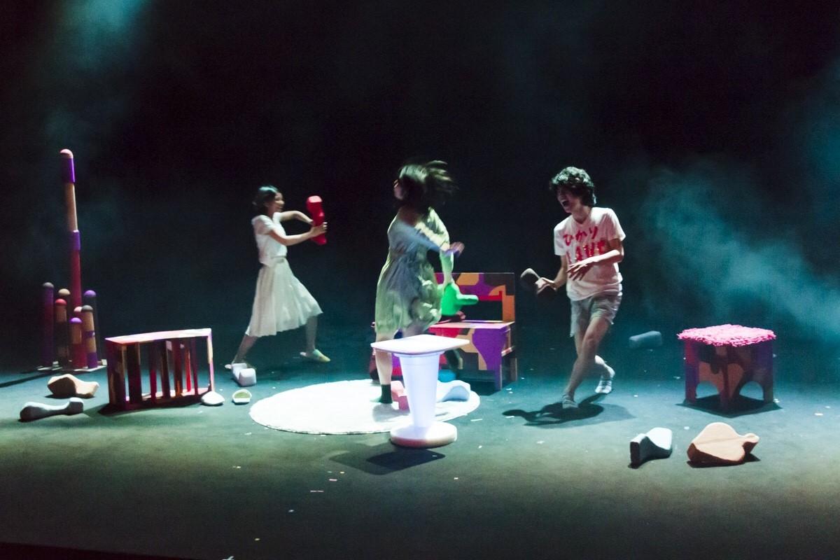 第2回全国学生演劇祭 大賞受賞「シラカン(多摩美術大学)」の舞台写真