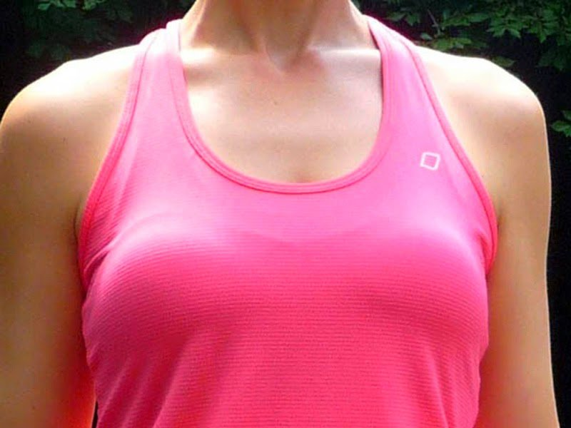 4. Outline of your bra should not visible through your clothing.