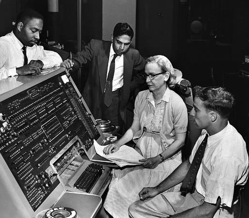 Grace Hopper and UNIVAC Team