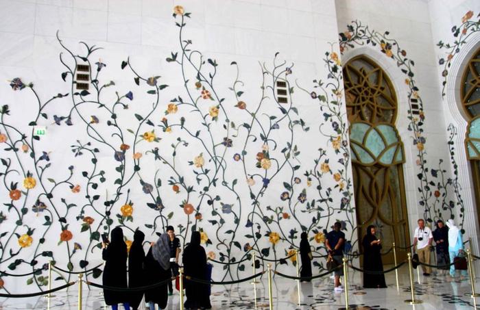 Sheikh Zayed - Thánh đường trắng tuyệt đẹp ở Abu Dhabi - Ảnh 6.