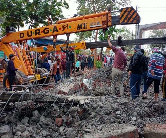 18 killed, over 20 injured in roof collapse at crematorium in Ghaziabad's Muradnagar