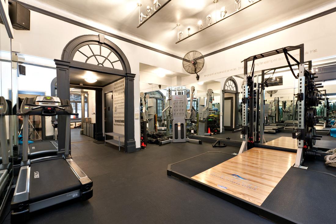 Trang trí phòng gym tại nhà hiện đại