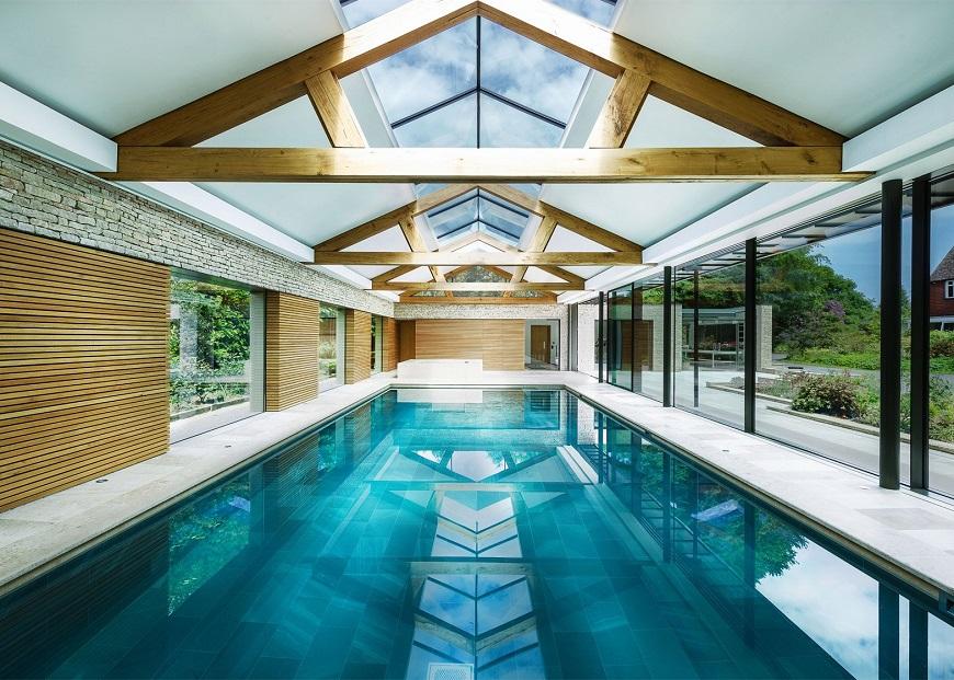 Mẫu bể bơi với hệ khung gỗ độc đáo