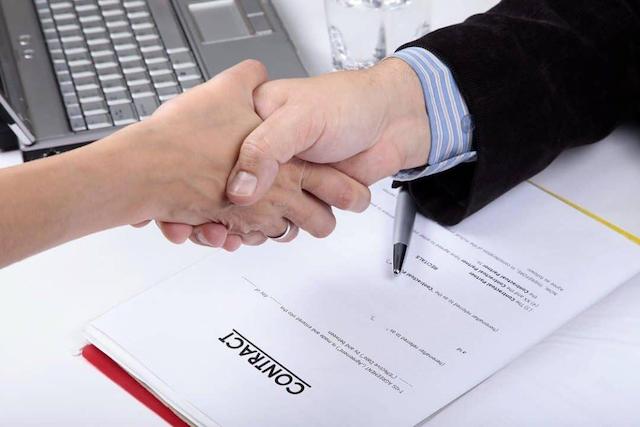 Hợp đồng SEO nên thể hiện chi phí, quyền và nghĩa vụ của 2 bên