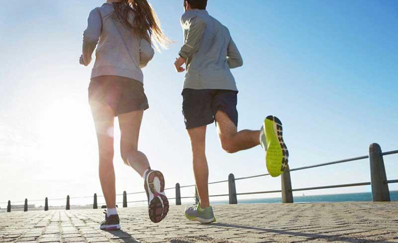 Tập thể dục thường xuyên giúp kiểm soát mỡ máu