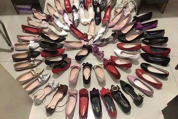 Kinh doanh giày dép thời trang luôn rất hot