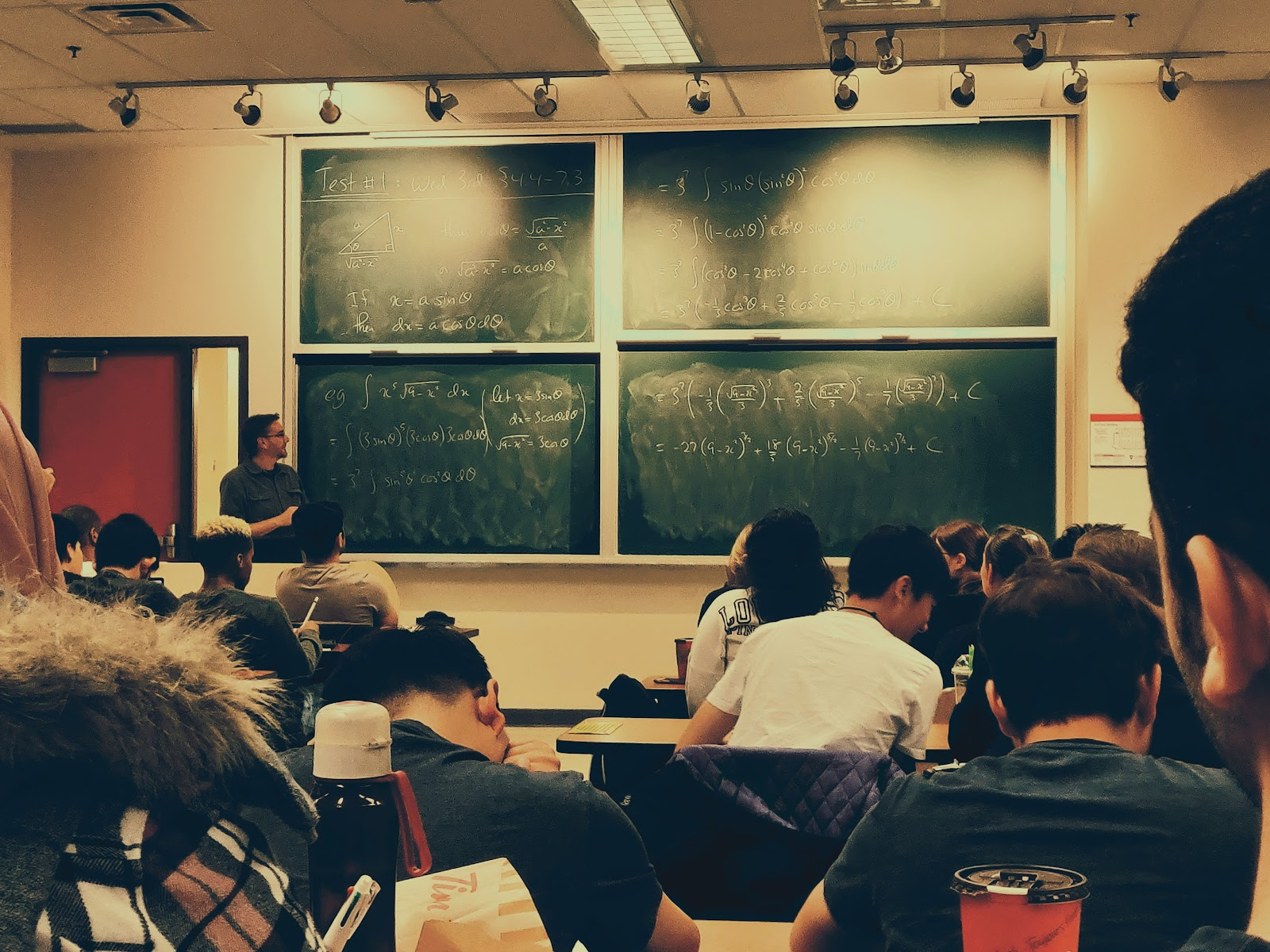 What to do when you are bored in class (67 things)