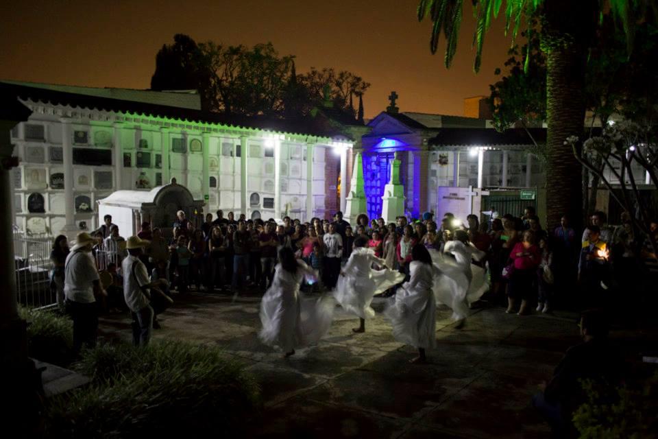 dance in cementario.jpg