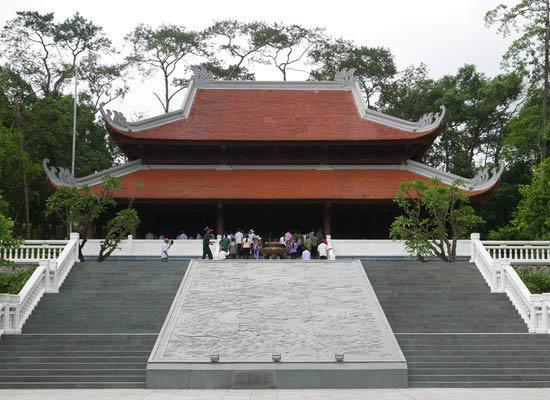 Hướng dẫn tổ chức tour du lịch K9 - Ao Vua cho học sinh
