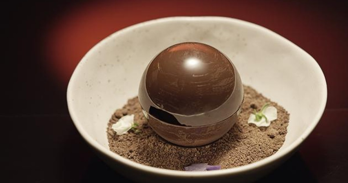 Image result for a nice mint chocolate melting ball with a nice melting chocolate soil sauce.
