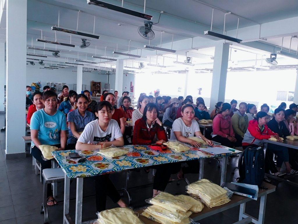 Hưng Thịnh Phú với đội ngũ nhân viên chuyên nghiệp.