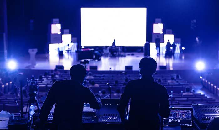 تنظيم فعاليات ترفيهية باستخدام الفرق الموسيقية