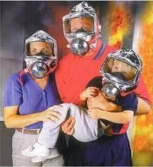 Mặt nạ phòng độc giúp bảo vệ bé khỏi nguy hiểm