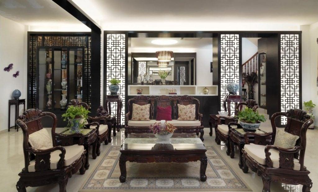 Phòng khách sang trọng, mang đậm nét truyền thống
