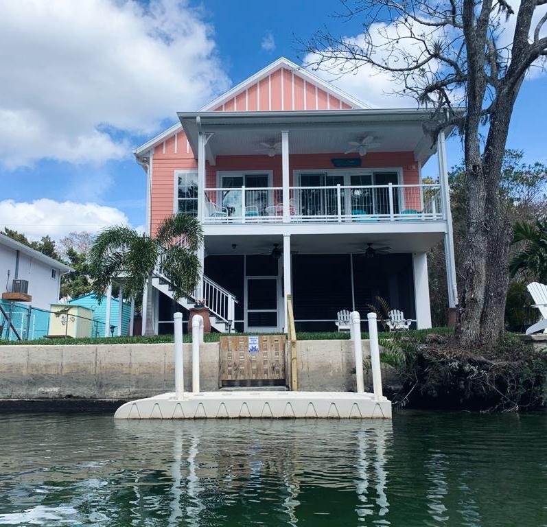 נהר וויקי וואצ'י קיאקים אטרקציות למשפחות עם לילדים טיול בפלורידה כל מה שצריך לדעת