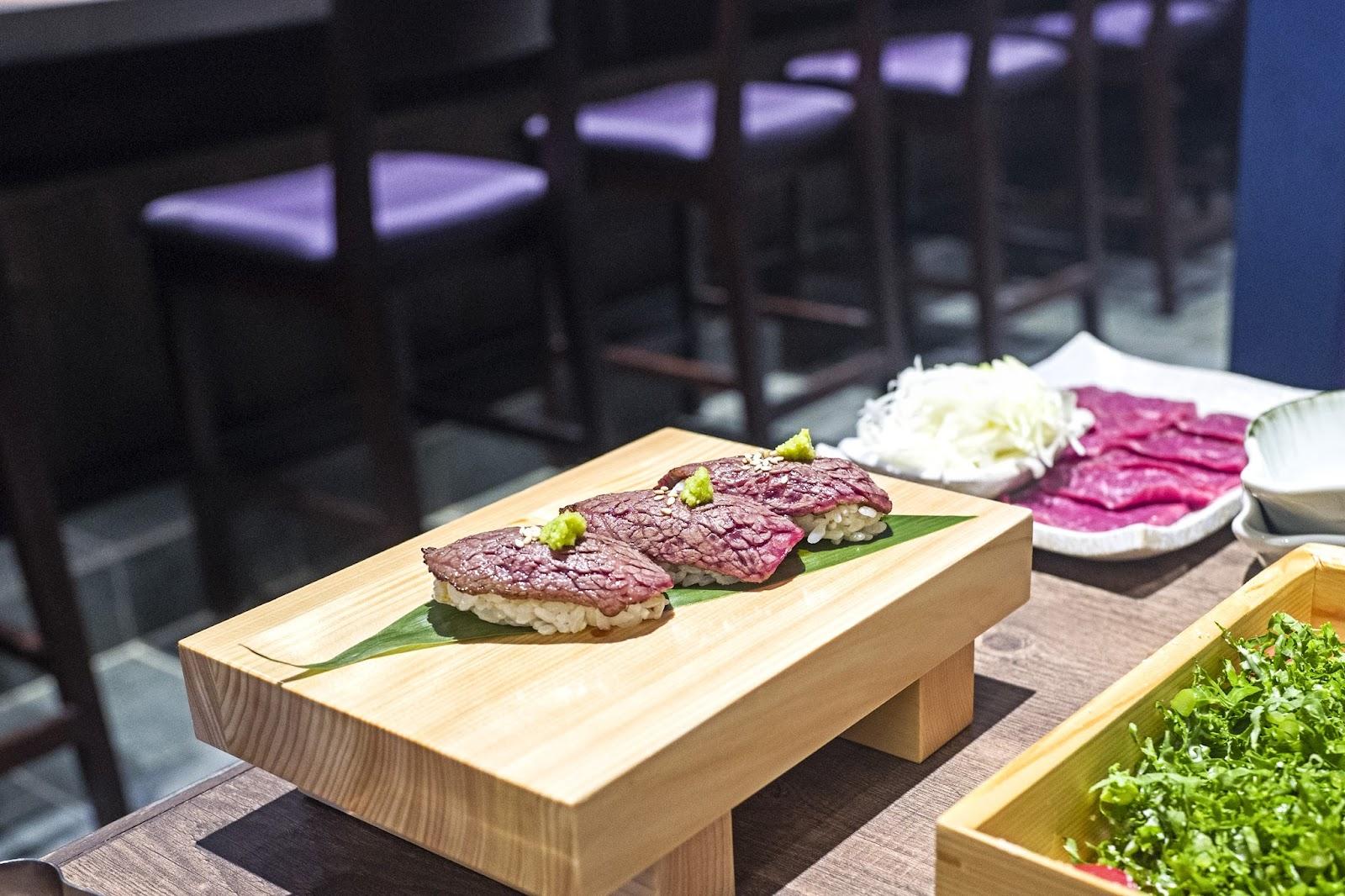 f-sushi-L1060874.jpg