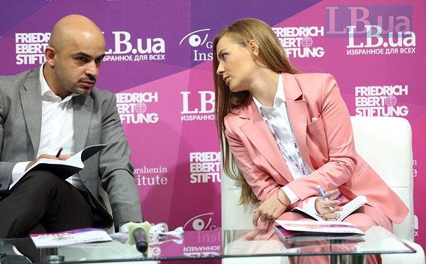 Мустафа Найєм та Олена Сотник