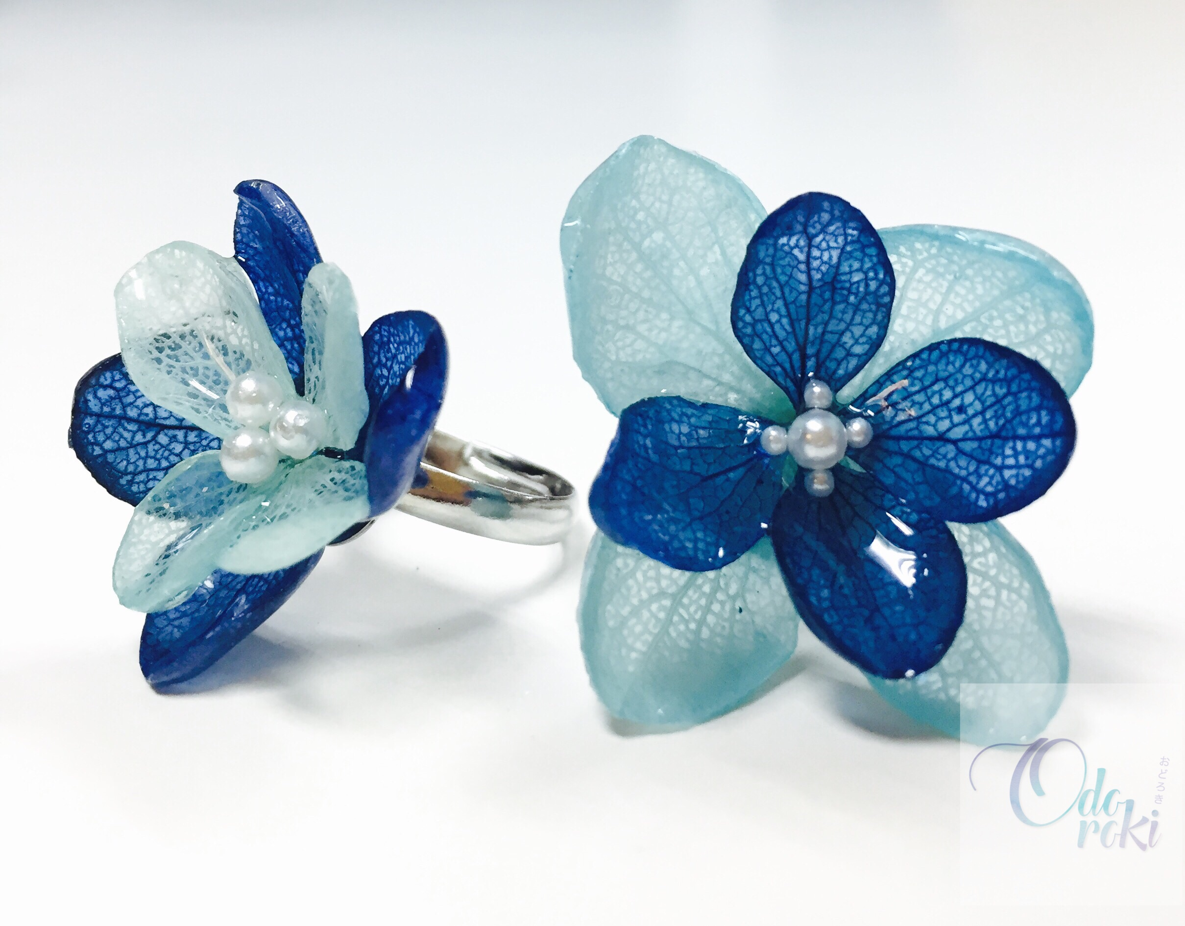 Real Flowers Jewellery with UV Resin