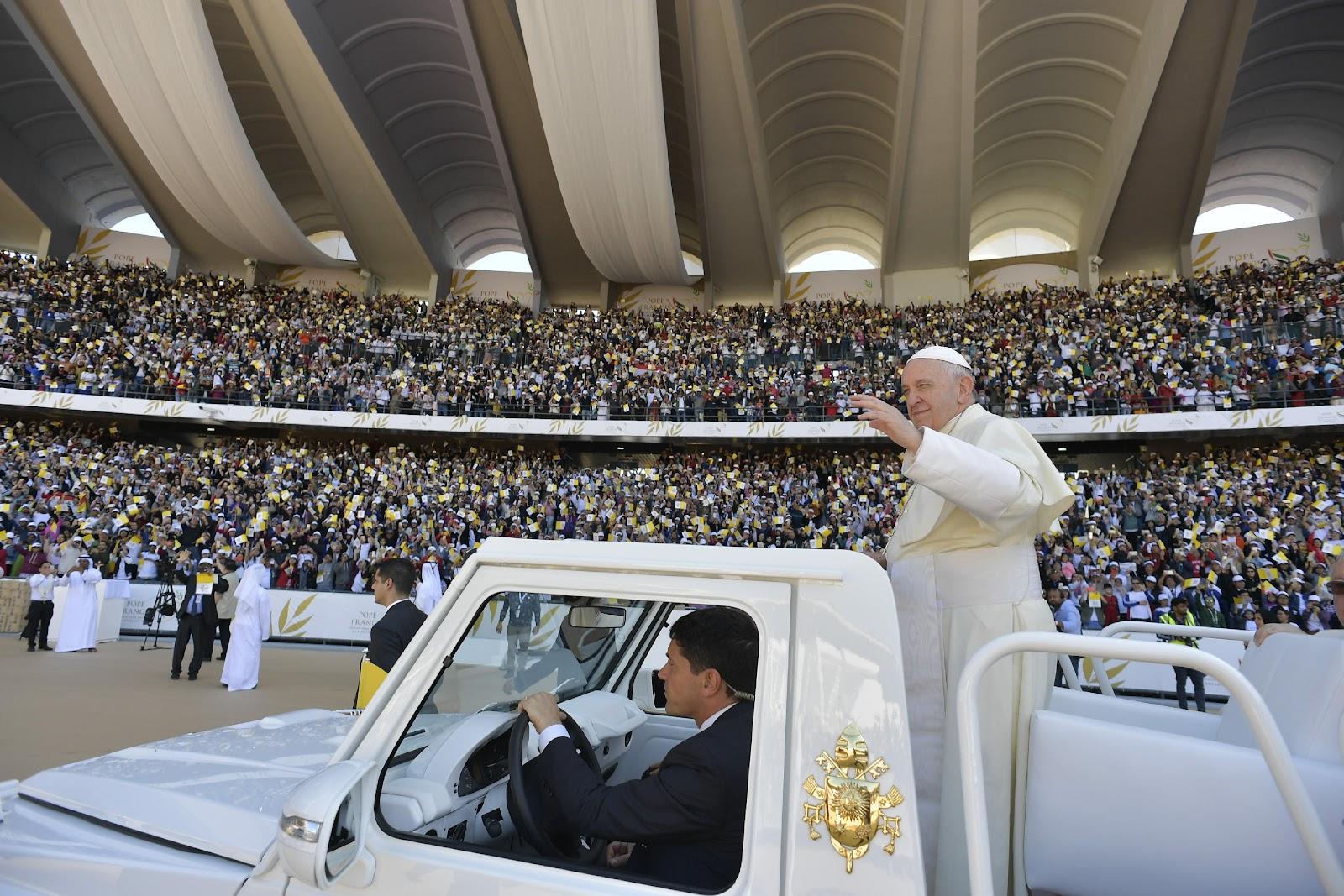 UAE: Tổ chức Aid to Church in Needs tổng hợp những cái nhìn về chuyến viếng thăm của Đức Thánh Cha