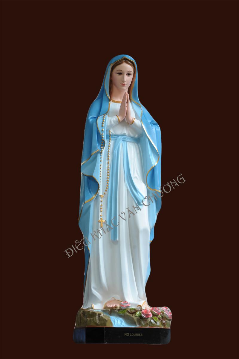 Cuộc rước tượng biểu trưng cho cuộc hành trình của Đức Mẹ tiến về trời