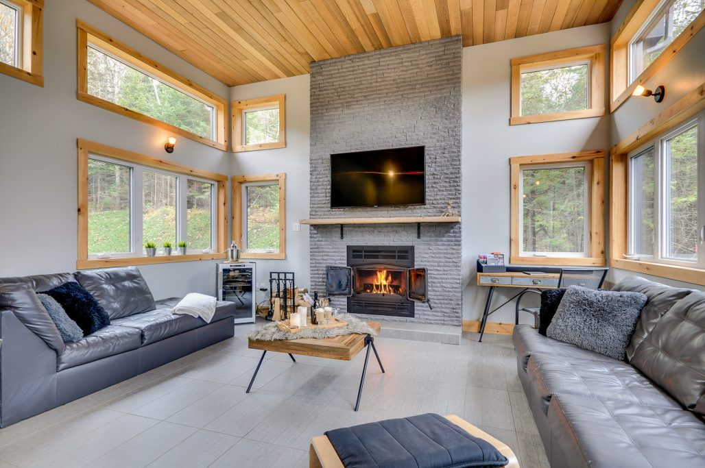 #1 listing of Cottages for rent in the Laurentians of Quebec on WeChalet