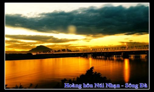 D:\6 Nguyen Lap\Pictures\Phong Cảnh\Copy (3) of Hoang hon Nui Nhan Song Da  copy.jpg