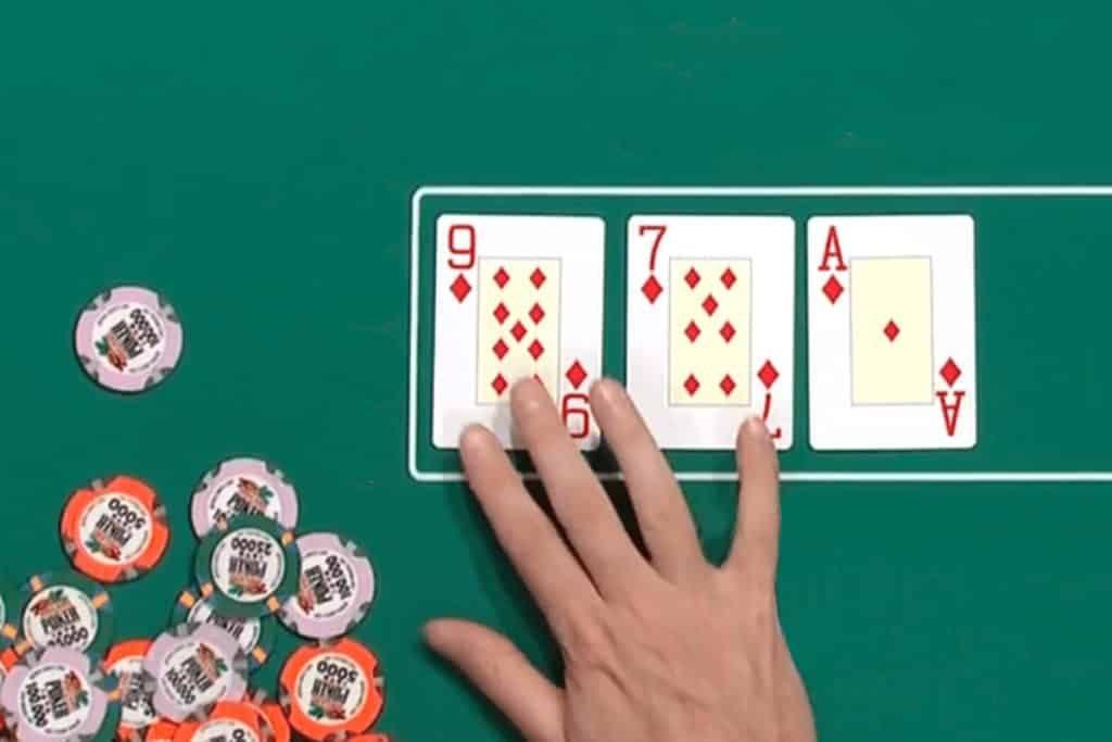 cach-doc-bai-poker-08042020-147