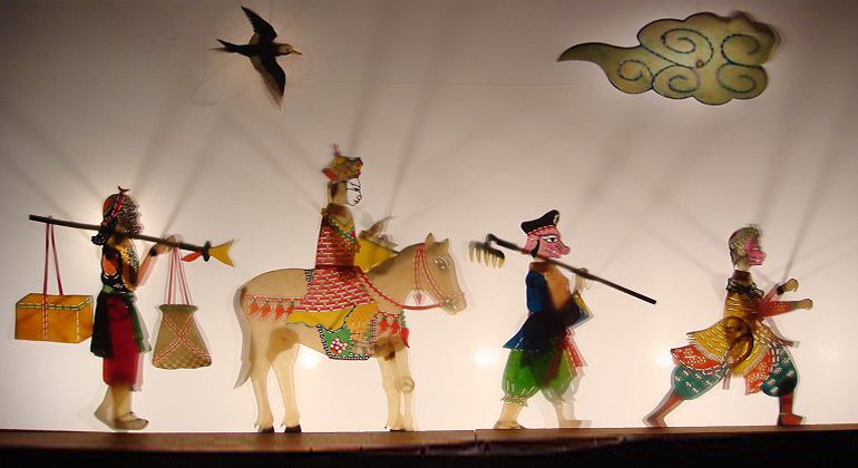 nightlife in bali puppet show