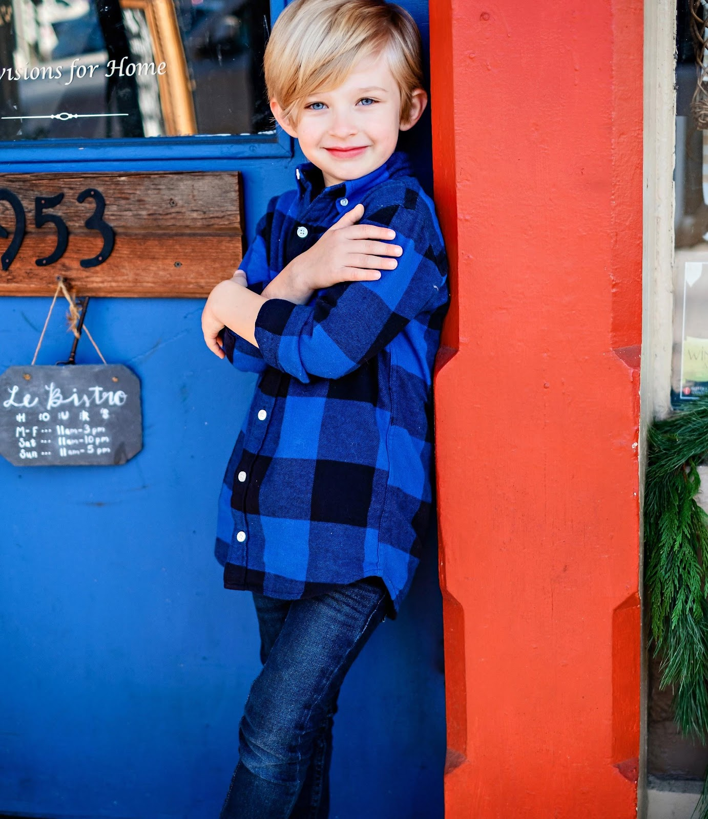 Have you seen the  Abercrombie Kids Holiday Collection? Popular Atlanta Blogger Happily Hughes is sharing her Abercrombie Kids Holiday boy wish list here!