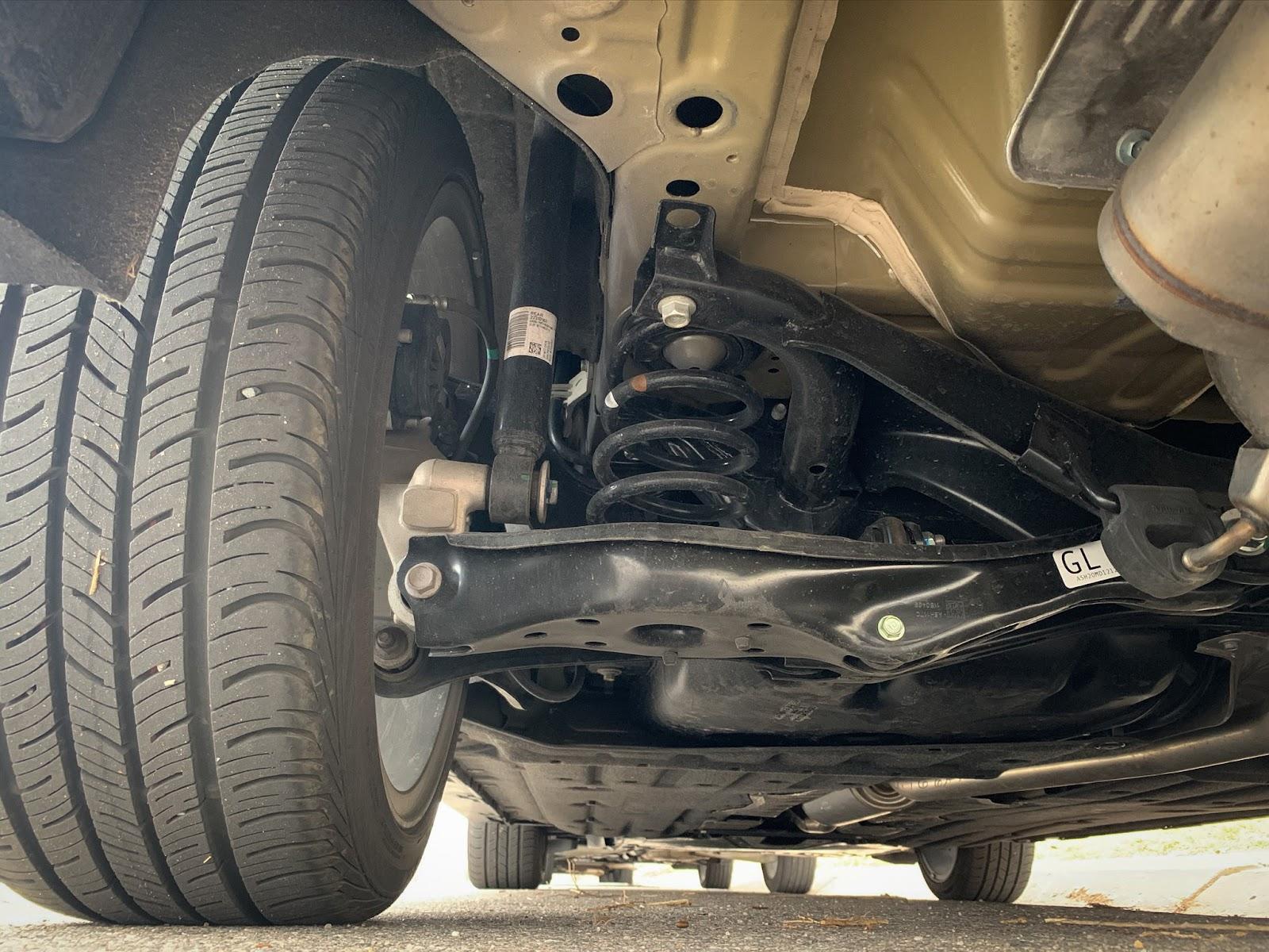 Honda Civic Hatchback suspension