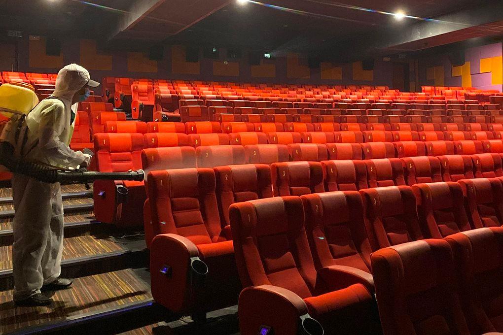 TP.HCM đóng cửa rạp chiếu phim, sân khấu, massage.. từ 18h ngày 3/5