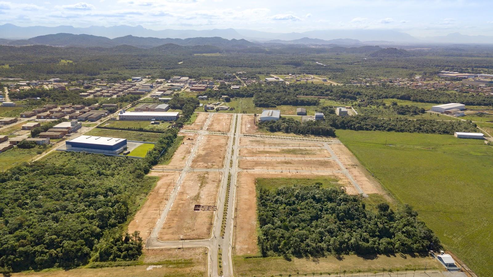 O segredo dos terrenos comerciais: descubra porque você deve investir em um - Irineu Imóveis