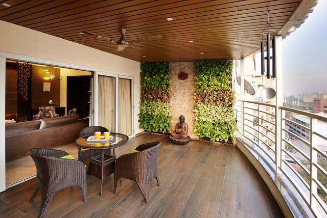 Balcony decor things