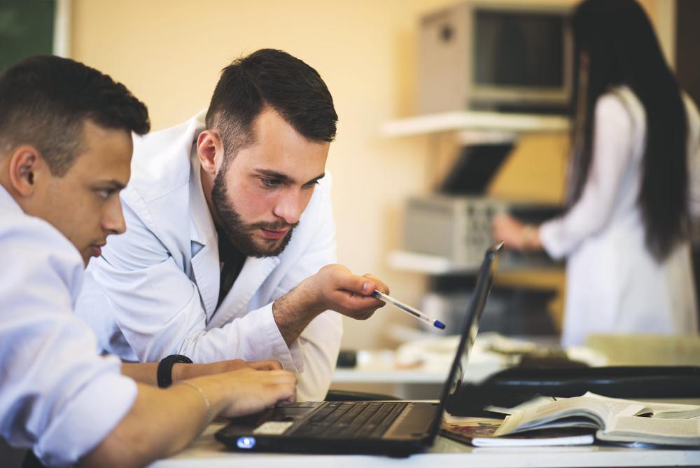 Softwares médicos precisam de regulamentação independente de equipamentos médicos tradicionais, acredita Anvisa
