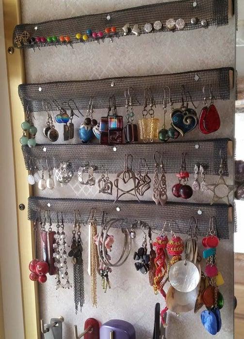 DIY Earring Rack