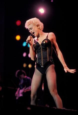 28 años del 'Who's That Girl World Tour' de Madonna - EntreFans.com